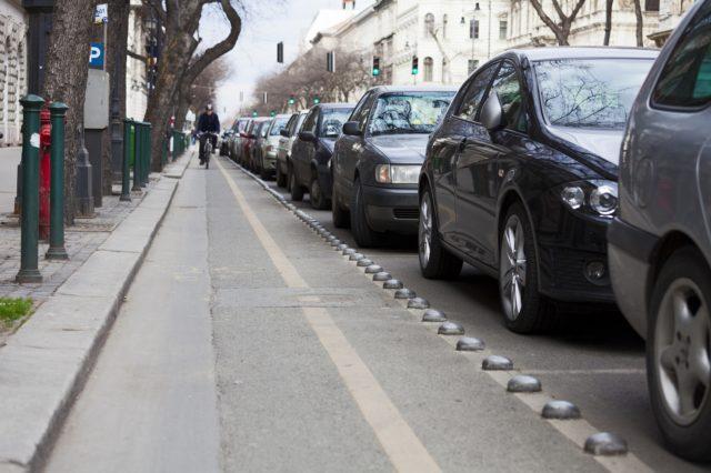 parkolás Simple alkalmazással